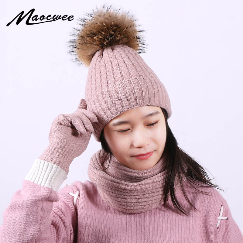 Pompon Hat Scarf Gloves Set Winter Unisex Outdoor Warm Skullies Beanies With Lining Men Women Ring Scarf Full Finger Gloves Set