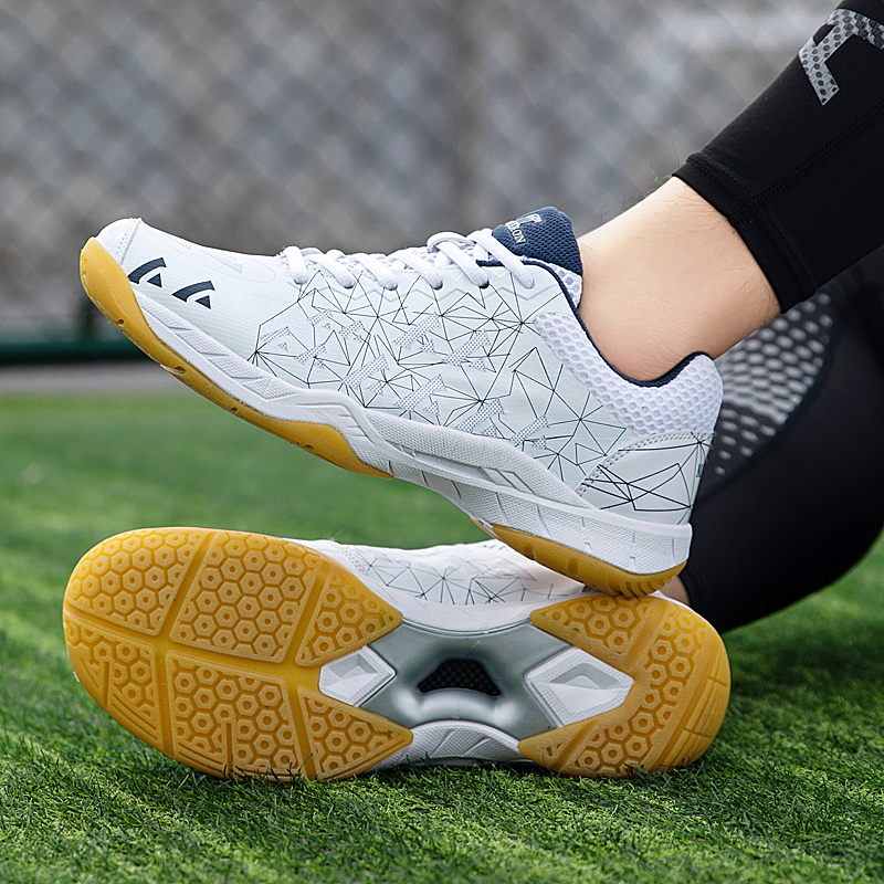 2020 Brand Professional Men Womens Badminton Shoes Big Size 36-46 Lightweight Tennis Trainers Sneakers Men Volleyball Shoes New