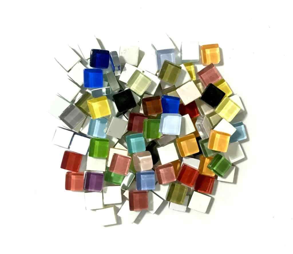 200g (ประมาณ 200 ชิ้น) 1 ซม.สีสแควร์กระเบื้องแก้วสำหรับ DIY งานฝีมือผู้ผลิตแฟชั่นตกแต่งบ้าน GYH