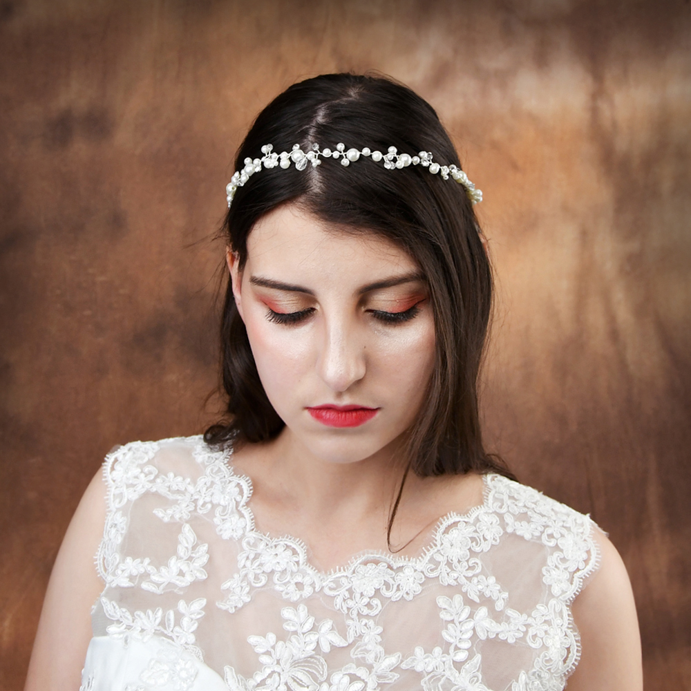 TOPQUEEN Wedding Tiara Pearl Wedding Headband Crystal Bride Hair Jewelry Bridal Hairband Bridal Hair Pieces For Wedding HP03-S