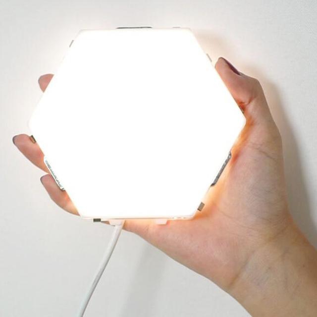 Quantum Lamp LED Night Light Hexagonal Lamps Modular Touch Sensitive Lighting Magnetic Hexagons Creative Decoration Wall Lampara 1
