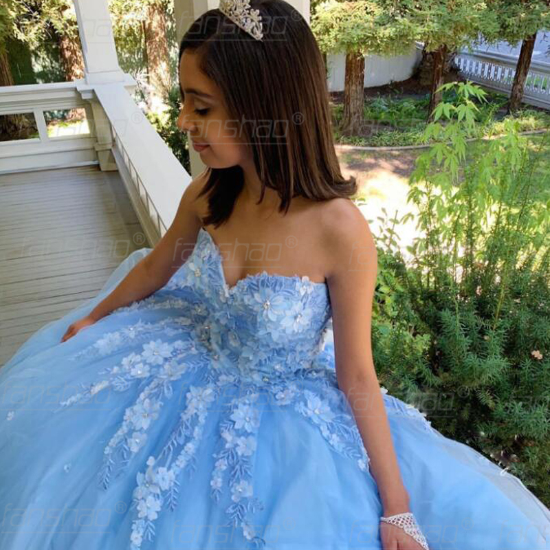 Fanshao Sky Blue Tulle Quinceaner Dresses Strapless 3D Flowers Appliques Crystal Dubai Saudi Arabic Ball Prom Gowns