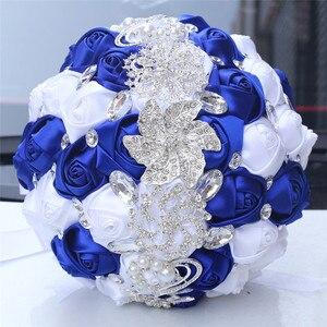 Image 4 - WifeLai 21cm גדול קריסטל כלה חתונה זר בעבודת יד רויאל כחול לבן סרט עלה חתונה זרי כלה Buque noiva W228