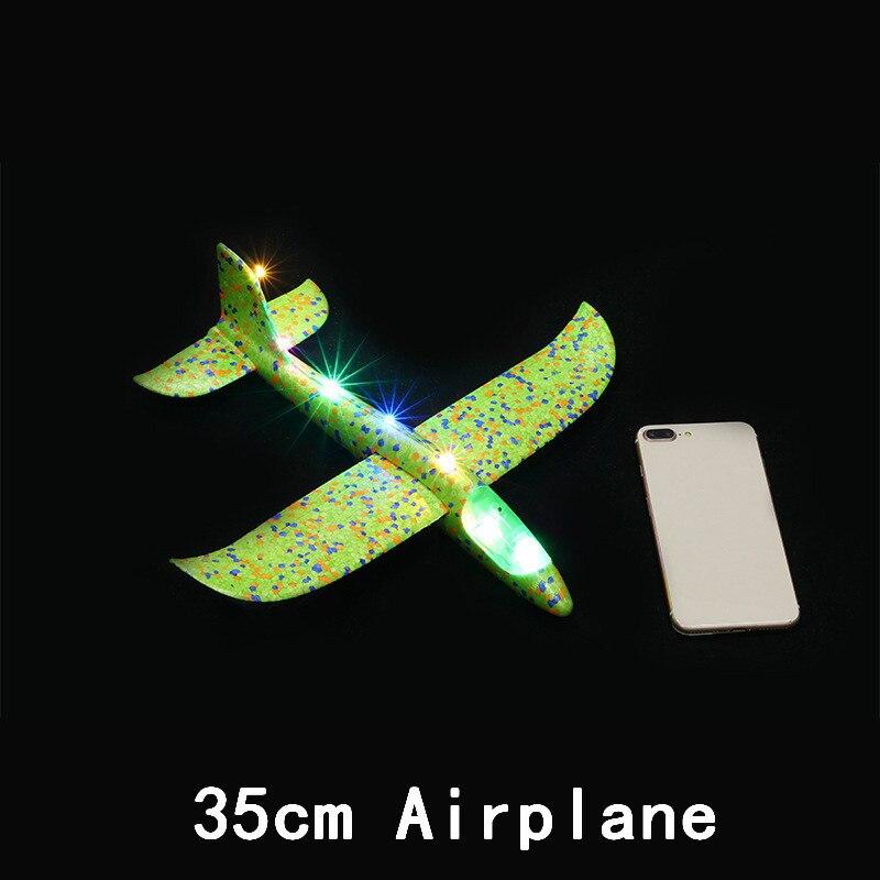 Дети DIY модель самолета ручной бросок Летающий планер самолет пена наполнители самолет СВЕТОДИОДНЫЙ мигающий самолет игрушки для детей подарок - Цвет: All Lamp Green