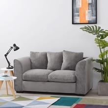 Muebles de salón, sofá cama de esquina, taburete con cojines para apoyabrazos, almohadas