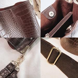 Image 4 - Crocodile PU Leather Handbag For Women Lady Crossbody Over Shoulder Bag Top Brand Luxury Designer Bag feminina totes sac a main
