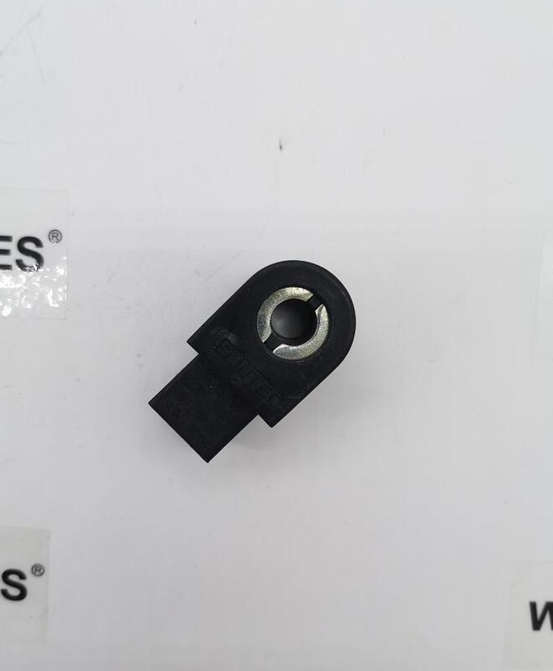 Original NEW 3713798 For SUNTEC Solenoid Valve Coil For SUNTEC Oil Pump Oil Burner Spare Parts 9W 220V Free Shipping