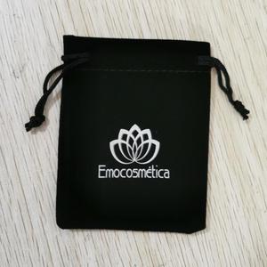 Изготовленный на заказ логотип 500 шт 7x9 см шнурок черные бархатные мешки Горячая печать с серебряным логотипом через быструю доставку FedEx IP
