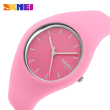 SKMEI Fashion Casual Quartz Watch Women Men watches Montre Femme Reloj Mujer Silicone Strap Waterproof Sport Wristwatches 9068 high quality brand skmei new fashion casual silicone watches with japan quartz unisex wristwatches for men women gift wa3034