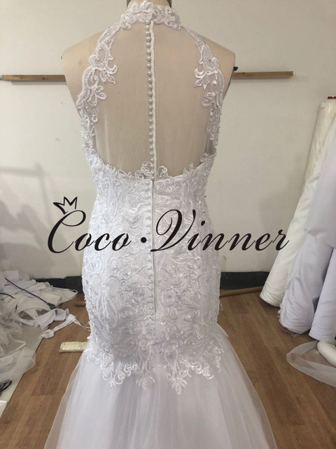 Halter Neck Sexy Illusion Back Lace Vintage Mermaid Wedding Dress 2021 Africa New Lace Appliques Custom Made Bride Dress W0802 4