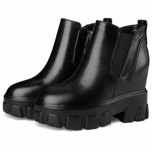 Женские туфли на платформе и высоком каблуке черные повседневные