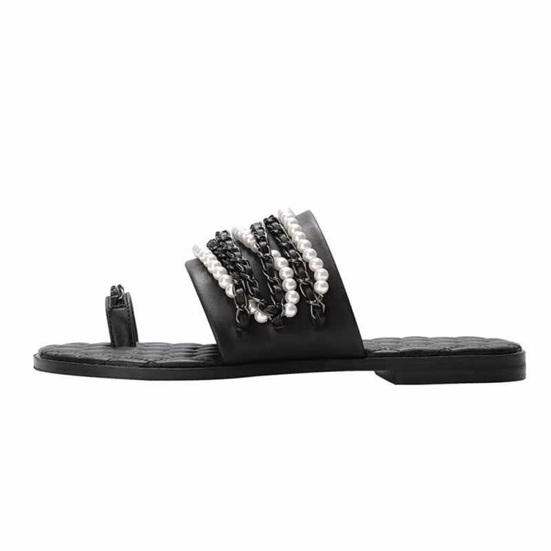 Musim Panas Baru Sandal Wanita Datar Sandal Jepit Merek Mutiara Rantai Logam Terbuka Toe Slide Slip Pada Lembut Sepatu Kulit Asli sandal