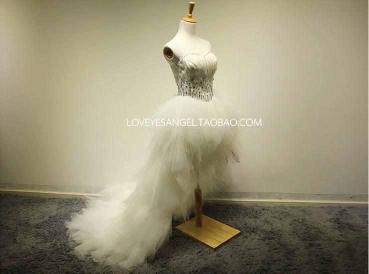 Free Shipping Casamento Bridal Gown Vestido De Noiva 2018 New Fashionable Romantic Feathr Crystal Tea-length Wedding Dress