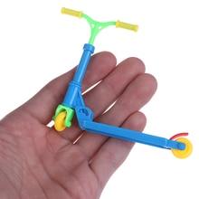 Two-Wheel Scooter Skateboard Mini Children's New Educational-Toy Random-Color