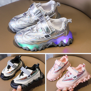 2018 spring new children leisure led girls luminescent sports baby luminous shoes boys glowing kids sneakers lights Children's Led Shoes Boys Girls Lighted Sneakers Glowing Running Sneakers Toddler Baby Child with Luminous Pink Sports New 2020