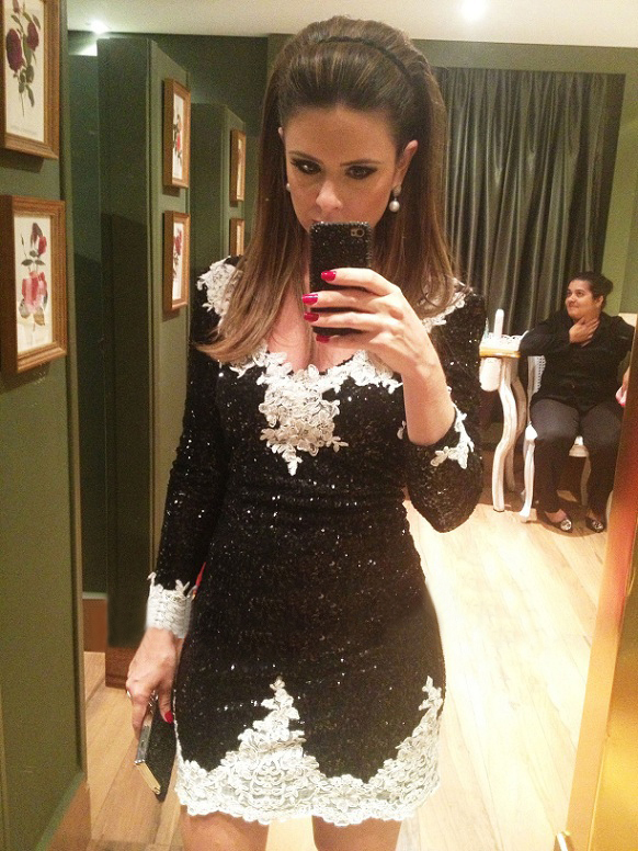Lace Appliques V-neck Long Sleeves White And Black Mini Short Prom Party Gown Vestido De Festa 2018 Mother Of The Bride Dresses