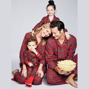 Famille noël Pyjamas rouge Plaid vêtements de maison maman et moi vêtements père fils chemises + pantalon Parent enfant enfants bébé Pyjamas SU1093