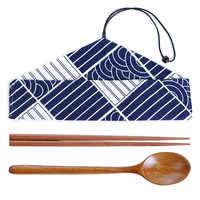 Portátil 1 conjunto de madeira chinesa artesanal pauzinhos colheres talheres conjunto com pano pacote estilo japonês viagem louça terno presente