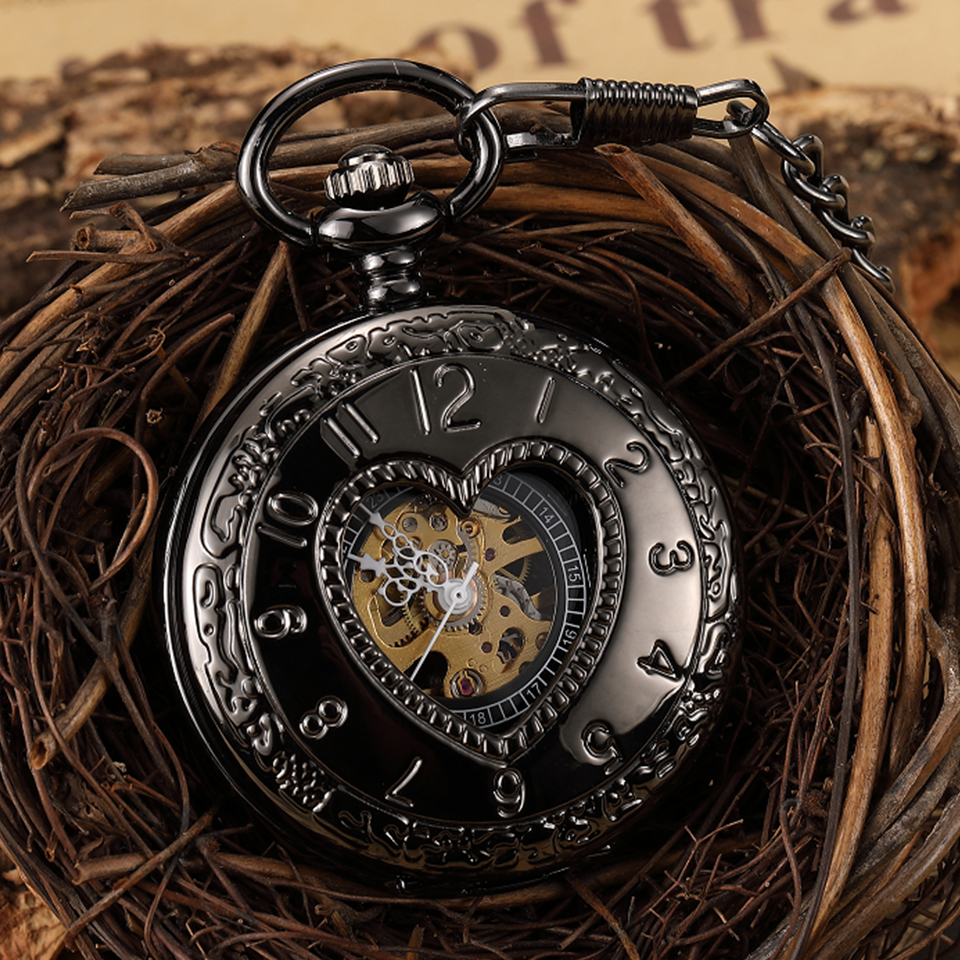Unique Hollow Heart Shape Mechanical Pocket Watch Hand Wind Retro Steampunk Skeleton Pendant Men Fob Black Watch With Chain Gift