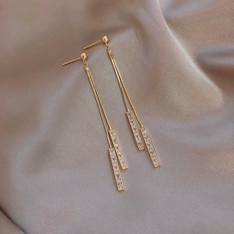 2020 Korea hot Fashion Jewelry Copper Inlaid Zircon Pendant Earrings Geometric Fringe Long Section Thin Female Elegant Earrings