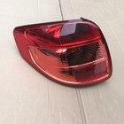Rear taillight assem...