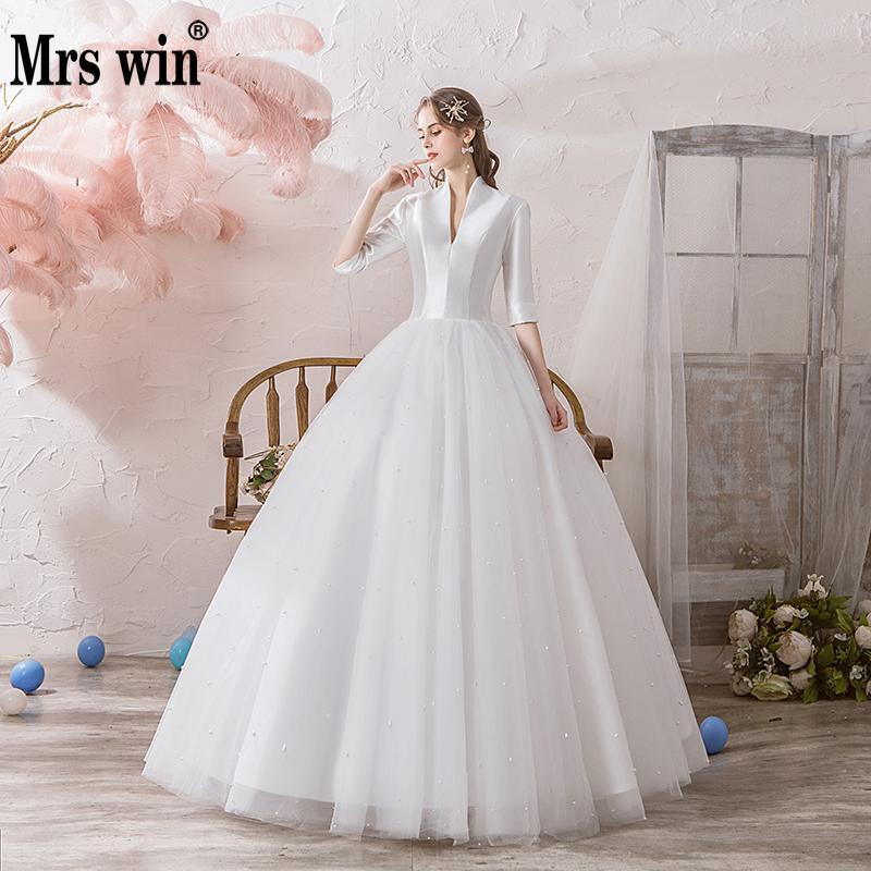 Wedding Dress 2020 The Half Sleeve Sexy V-neck Luxury Satin Ball Gown Princess Pearl Beading Wedding Dresses Hs791