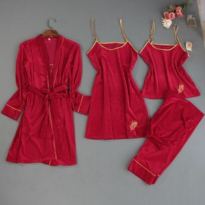 Image 4 - 2019 ฤดูใบไม้ร่วงฤดูหนาว 4 ชิ้นชุดนอนสตรีชุดกำมะหยี่ชุดนอนชุดนอนเย็บปักถักร้อยชุดนอนสปาเก็ตตี้สายคล้องคอ Sleep Lounge Pijama