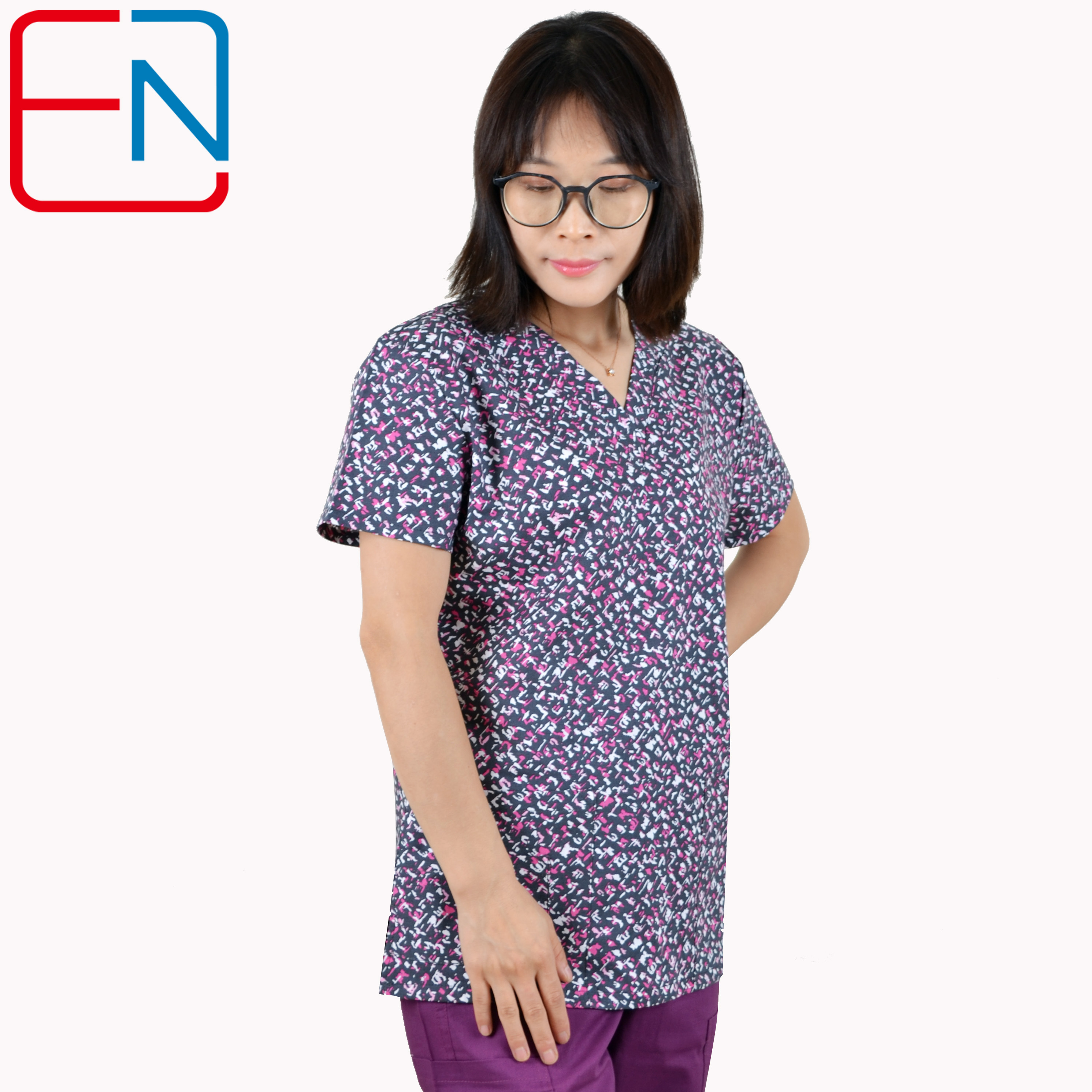 Image 4 - Hennar scrub tops in 100% cotton ,women scrub tops,women medical uniformsscrub topwomens medical uniformsmedical uniforms -