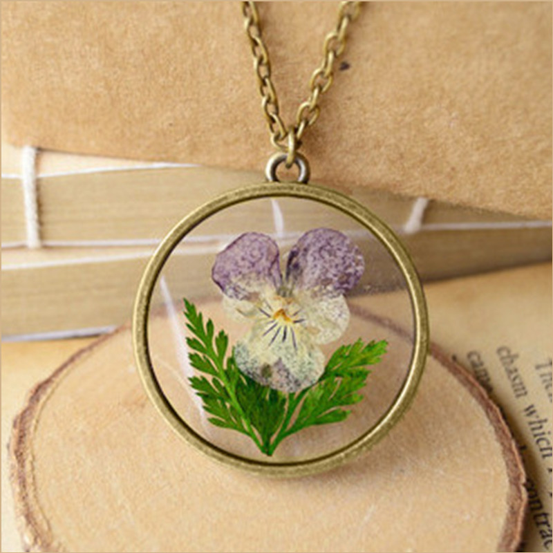 Fashion Pansy Vintage Necklace With Natural Dried Flowers