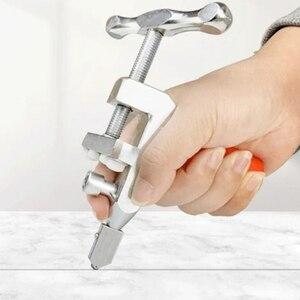 Hand Grip Ceramic Tile Divider