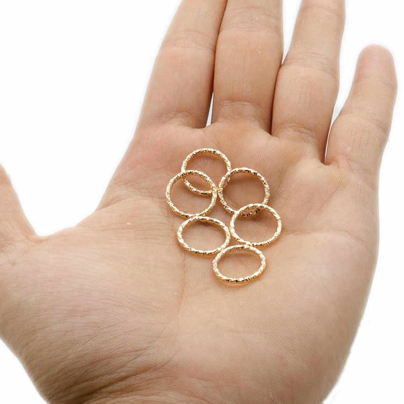 50 Pcs Golden/เงินผมDreadlockลูกปัดCuffsแหวนหลอดอุปกรณ์เสริมวงกลมประมาณ 10-12 มม.ด้านในแหวนผม