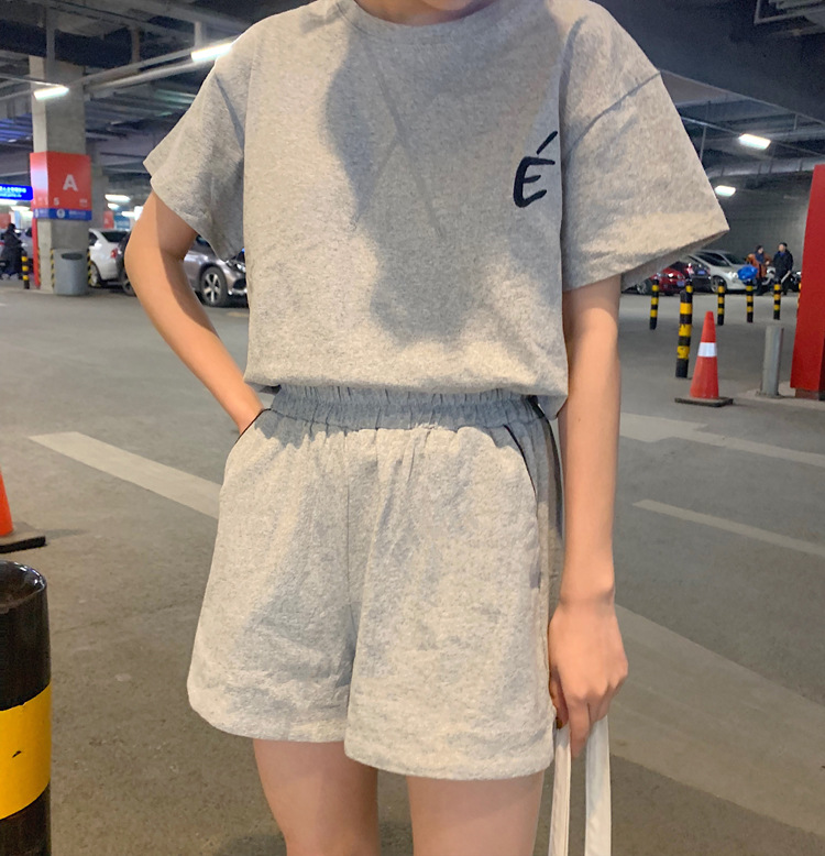 Loose-Fit Embroidered Versatile Short Sleeve T-shirt + Shorts Casual Sports Fashion Set Two-Piece Set