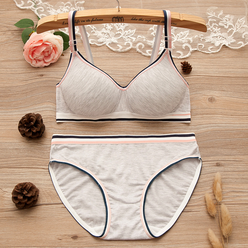 2018 New Arrival Comfortable & Breathable Color Cotton Girls Training Bras For Young Teens, Kids Intimates Underwear Set