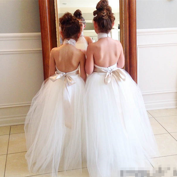 Halter Neck   Flower     Girl's     Dresses   Floor Length Tulle Ball Gowns vestidos de comunion