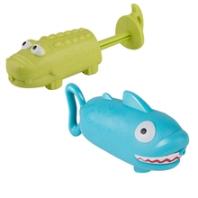 Animal-Toys Shark-Squirt Swimming Kids Cute And Summer Pull-Out Crocodile Girls Boys
