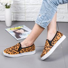 2019 new  flats shoes casual flat girl hot sale shoe woman round toe slip on  wxx035 стоимость
