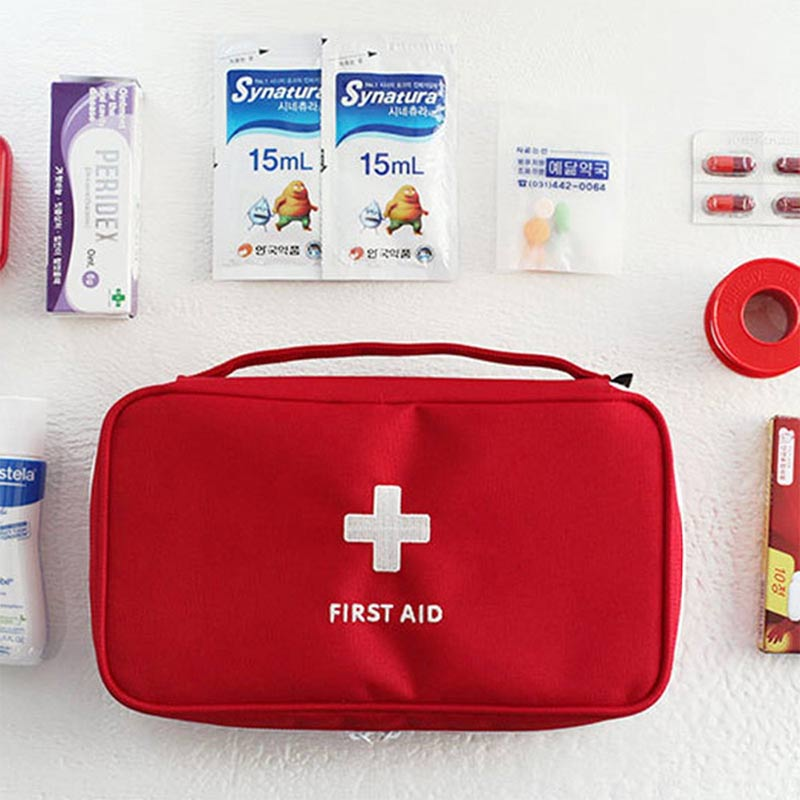 Купить с кэшбэком Portable travel outdoor first aid kit medical case is small and convenient for outdoor activities