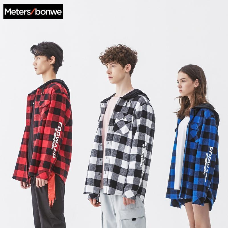 Metersbonwe 2020 ฤดูใบไม้ผลิใหม่ผู้ชายแขนยาวผ้าฝ้ายเสื้อลายสก๊อตเสื้อนักเรียน Retro Retro เสื้อผู้ชาย