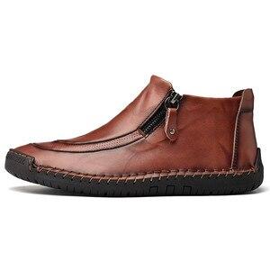 Image 4 - Nuevos zapatos de cuero para hombre, para Otoño Invierno, cosido a mano, suaves, resistentes al desgaste, con cremallera lateral, zapatos casuales de moda
