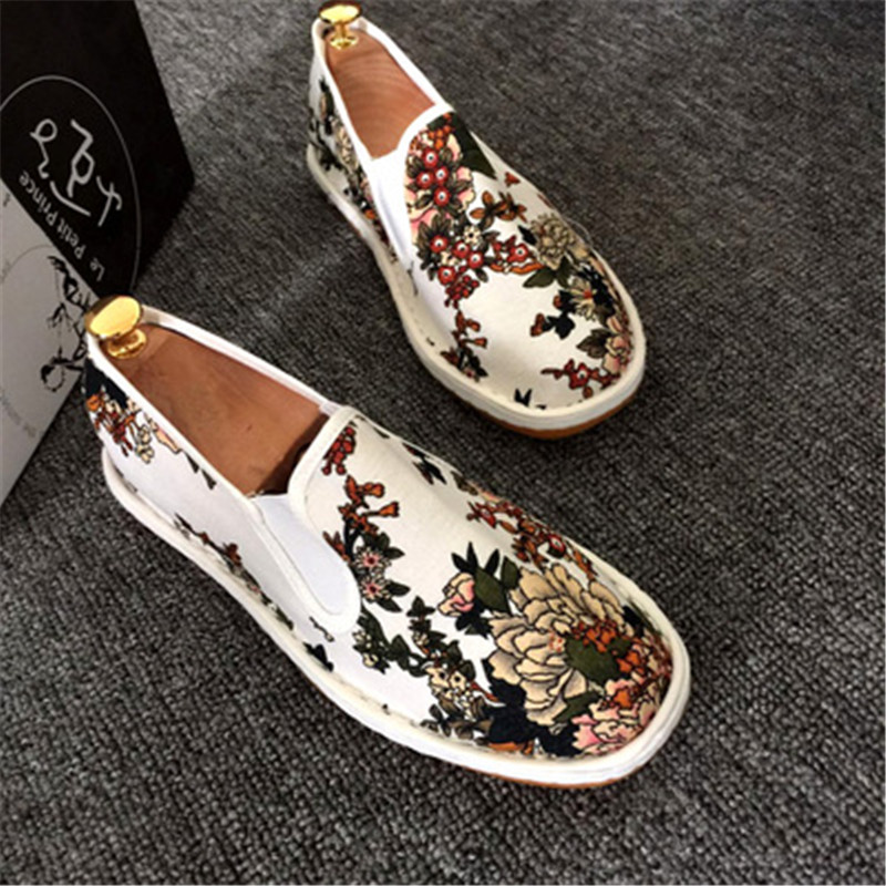 Image 2 - Spring Fashion Flats Shoes Espadrilles Loafers Light Hard Wearing 2019 Man Women Canvas Harajuku Rubber Canvas Embroider Shoes-in Men's Casual Shoes from Shoes