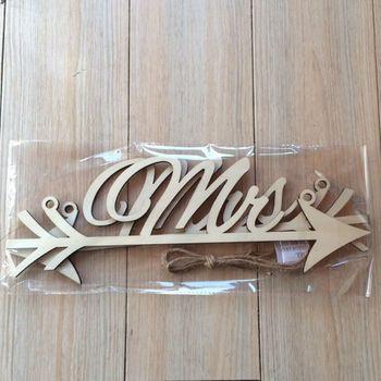 1 para pan i pani strzałka znaki dekoracja weselnego krzesła zdjęcie rekwizytu rustykalny drewniany znak sprzyja tanie i dobre opinie CN (pochodzenie) litera Q0KF5A42852 Drewno drewniane Ślub i Zaręczyny