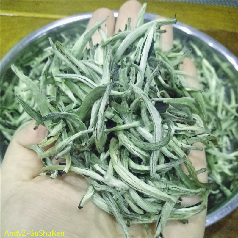2019 6A Chinese High Quality White Tea Bai Hao Yin Zhen White Tea Natural Organic Silver Needle Tea Green Food