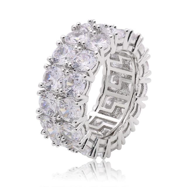Фото кольца женские и мужские с большим цирконом золотистые/серебристые цена