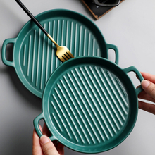Nordic Round Ceramic Plate Creative Microwave Oven Baking Tray Western Food Cake Dessert Plate with Handle Dinner Tableware kitchen nordic plate kitchen accessorie creative oven plate baking plate household ceramic plate deep flat plate tableware