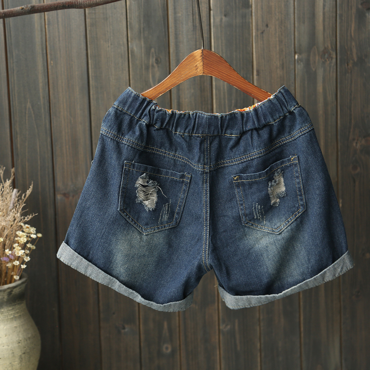 [Retro Cotton Linen] Crimping Denim Shorts With Holes Small Flower Embroidered High-waisted 2018 Summer New Style WOMEN'S Dress