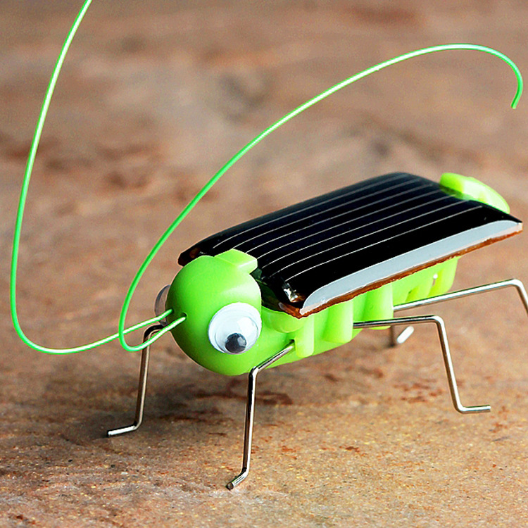 1pc Novelty Funny Solar Grasshopper Simulated Animal Solar Car Gadget Puzzle Child Gift Kids Toys Solar Powered Educationals