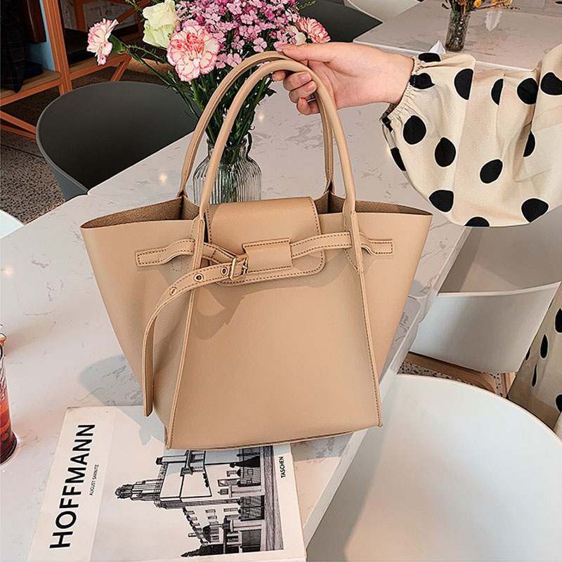 vintage trapeze women handbgs designer belts female shoulder bags luxury pu leather crossbody bag large totes casaul purses 2019 in Shoulder Bags from Luggage Bags