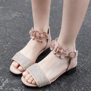 Image 3 - ילדים של נעלי בנות סנדלי קיץ חדש ילדה קטנה נעלי רך החלקה עור ריינסטון עקבים גבוהים נסיכת נעליים עבור ילדים