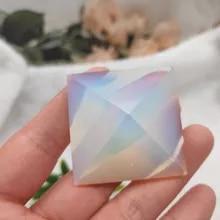 Colgante Para Mujer Opalita Piedra Natural En Forma de Piramide 1,5 cm