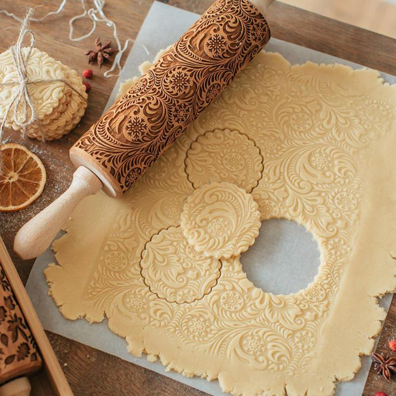 Christmas Embossing Rolling Pin Baking Cookies Noodle Biscuit Fondant Cake Dough Engraved Roller Dough Cake Engraved Roller